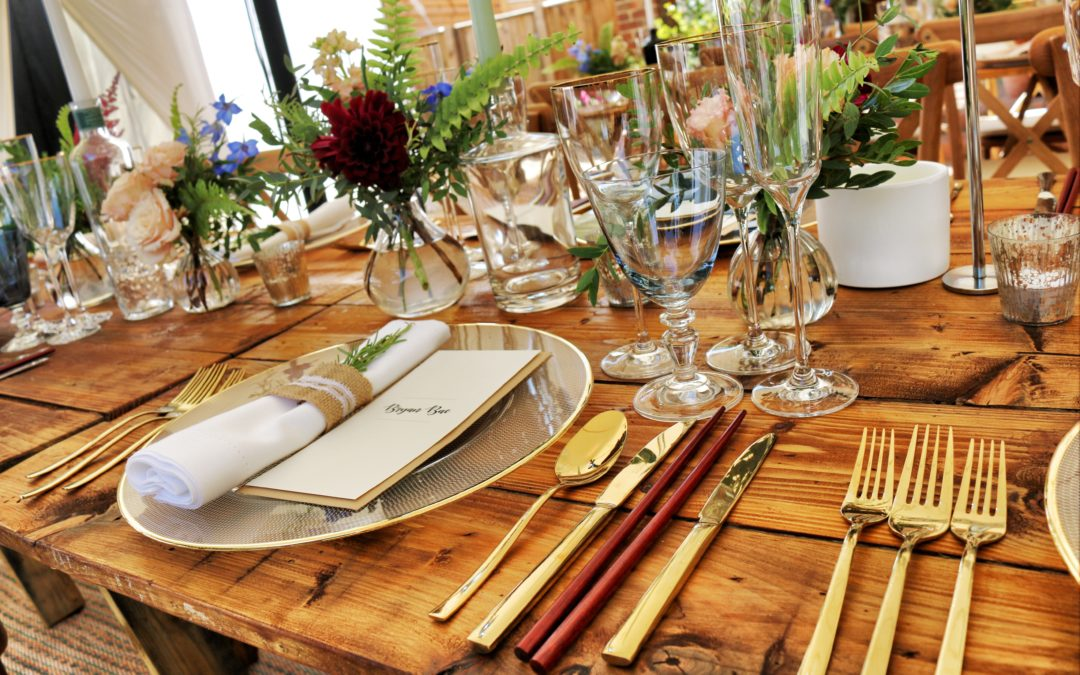Individualized place settings for an event